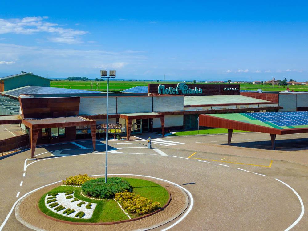 strutture alberghiere hotel - foto video drone vercelli